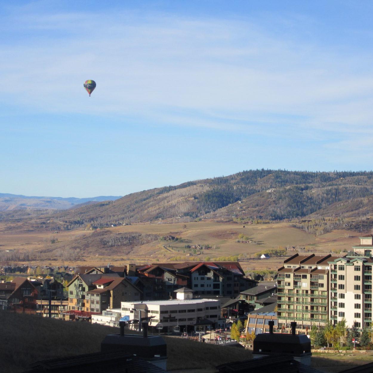 Balloon over Steamboat