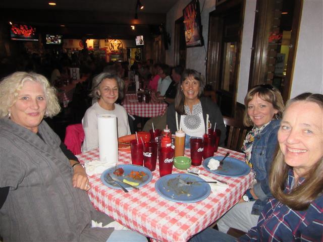 Dinnert at the Smokehouse BBQ